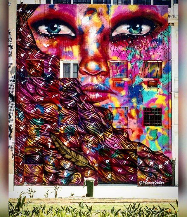 Mais uma da série #turistando na própria cidade. Artist @panmelacastro #streetart #grafite #grafitti #instagrafite #arteurbana #artederua #urbanart #StreetArtRio #streetarteverywhere #RiodeJaneiro #boulevardolimpico #Centro #errejota #cariocagram #carioquissimo #role #porainoRio