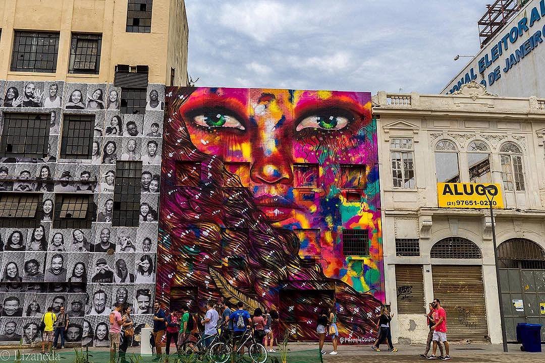 More from my Street Art collection! . #riodejaneiro #instagram #instawalkrio #streetphotography #streetart #artederua #art #street #portomaravilha #brasil #instadaily #igers #igersbrasil #picoftheday #picsart #photooftheday #keepitwild #acme #graffiti #mural #streetartrio