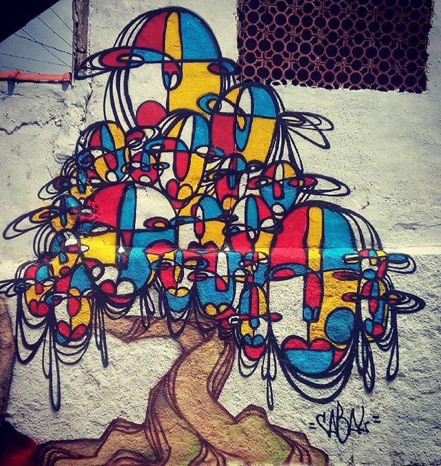 Participação multirao de graffiti no IFHEP Campo Grande! #graffiti #arte #arteurbana #streetartrio #árvore #painting #drawing #rabisco #abstract #pinturaabstracta #graffitiart #errejota #niteroi #pintar #spray #sprayart