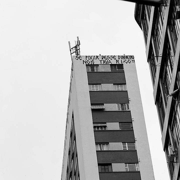 $$$. - #sprayart #style #vscocam #vandal #sp #pixo #tag #bombing #bomb  #street #rua #Streetart #saopaulo #artgallery #art #hiphoprio #spray #mtn #montanacolors #colors #streetphoto #streetphotography #streetphotographer #streetartrio #vandalism #arteurbana #urbanart #rjvandal #besidecolors #vandallovers