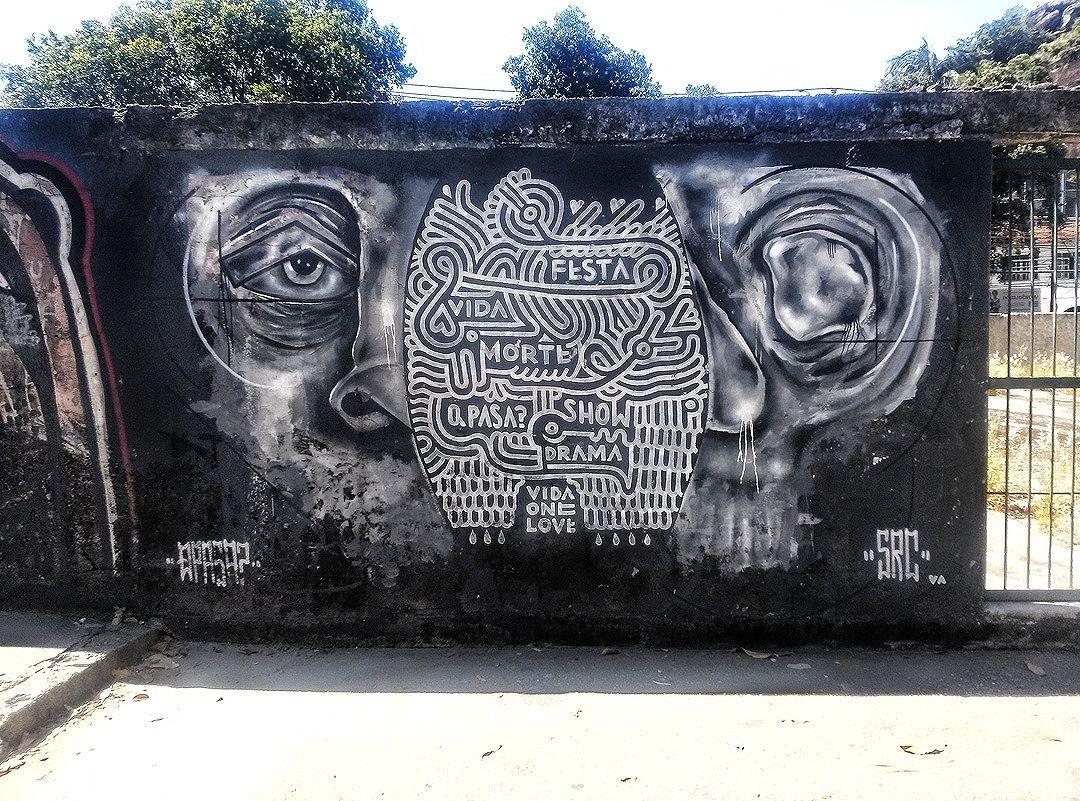 #StreetArtRio  Grafite na avenida Heitor Beltrão, entre as ruas Pareto e Conselheiro Zenha, na Tijuca. Artistas: SRC (@searc_src) e Vida One Love (@vidaonelove) Tirada em 22/12/2015 ____________________________________  Quer conhecer mais obras destes artistas e de tópicos relacionados? Explore mais em: #g021_src #g021_vidaonelove