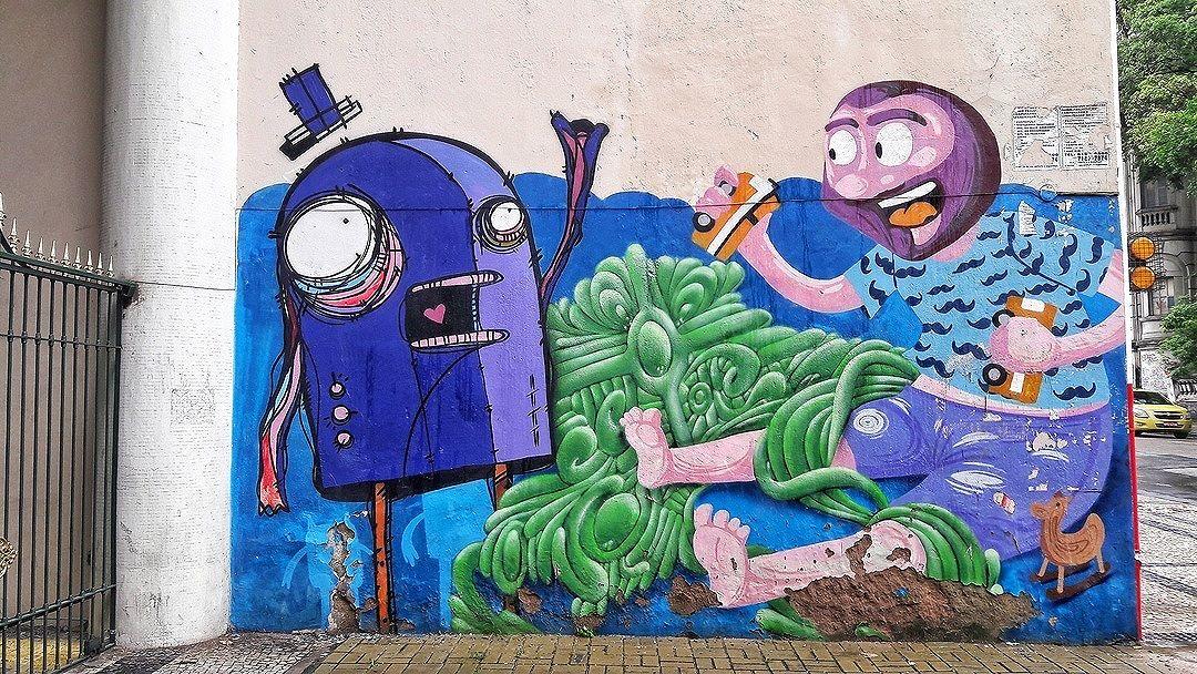 #StreetArtRio  Grafite na avenida Henrique Valadares, entre a Praça da Cruz Vermelha e a rua Ubaldino do Amaral, no Centro. Artistas: Rafo Castro (@rafocastro), FX (@efixis) e Cazé (@cazearte) Tirada em 14/01/2017 ____________________________________  Quer conhecer mais obras destes artistas e de tópicos relacionados? Explore mais em: #g021_rafocastro #g021_fx #g021_caze
