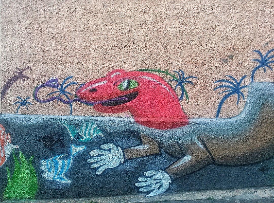 #StreetArtRio  Grafite na Ladeira do Castro, 1/4 Artista: Elli (@luigi_chi94) Tirada em 02/04/2016 ____________________________________  Quer conhecer mais obras deste artista e de tópicos relacionados? Explore mais em: #g021_elli