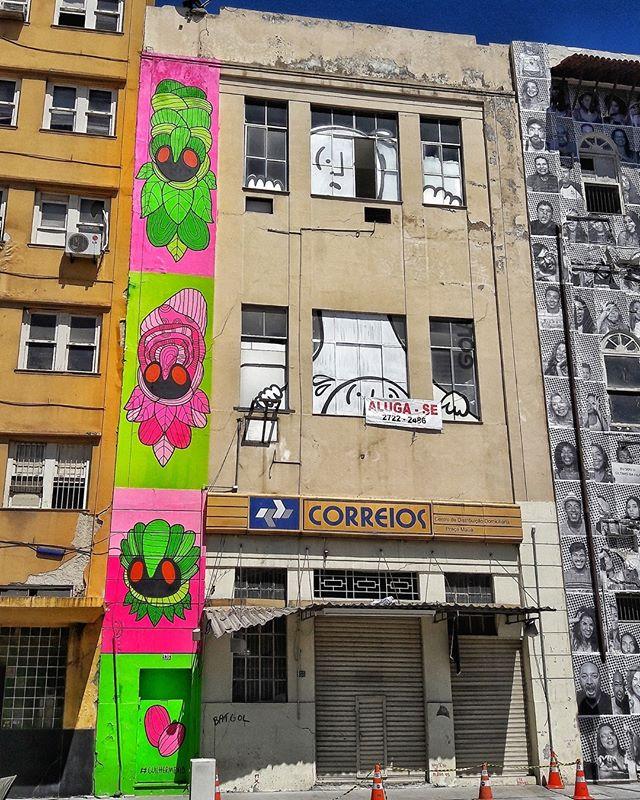 #StreetArtRio  Grafite no Boulevard Olímpico, na Gambôa. Artistas: Guilherme Kid (@guilherme_kid) e Gola (@andregola) Tirada em 26/08/2016 ____________________________________  Quer conhecer mais obras destes artistas e de tópicos relacionados? Explore mais em: #g021_guilhermekid #g021_gola