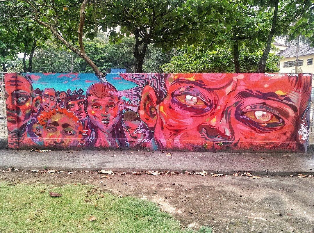 #StreetArtRio  Grafite nos muros da Escola Municipal Pedro Ernesto, na Lagoa. Artistas: Tarm (@tarm1), Sub (@sub_graff) e Meton (@meton.joffily) Tirada em 12/01/2016 ____________________________________  Quer conhecer mais obras deste artista e de tópicos relacionados? Explore mais em: #g021_tarm #g021_sub #g021_meton