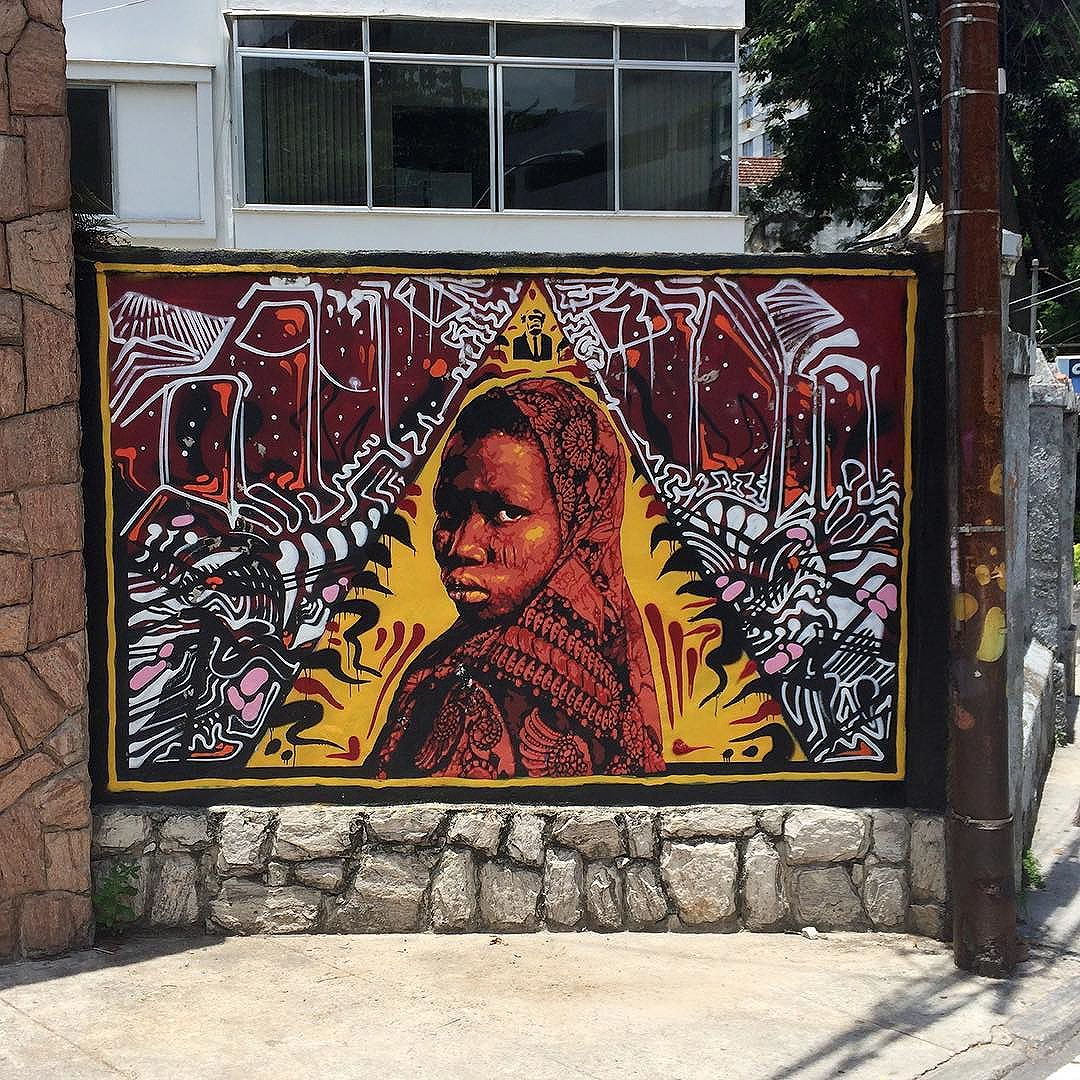 Work by @natafamilia and @tiaosnc #streetart #street #streetarteverywhere #streetartphotography #streetartlondon #streetartandgraffiti #streetartofficial #streetartrio #streetart_daily #streetartartist #stencil #spraypaint #art