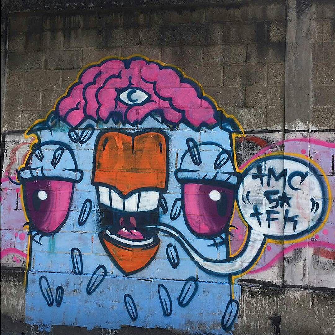 5ORIGINAL DA RUA. ORIGINAL DO RIO. ANTIGOS E ATUAIS. ALÉM DOS MUROS. NADA MUDA. E NADA MUDARÁ NOSSA CONDUTA  #5estrelas #terrordorio #pixacaocarioca #pixadores #vandals #underground #uniaodetribos #alemdosmuros #antigoseatuais #originaldarua #streetartrio #urbanart #vyvah #bondedovuca #vandalismo #xrf #pixo #xarpi #rap #graffiti #fivestars #tudo5 #midia #tag #culturaderua #rj #021 #brasil