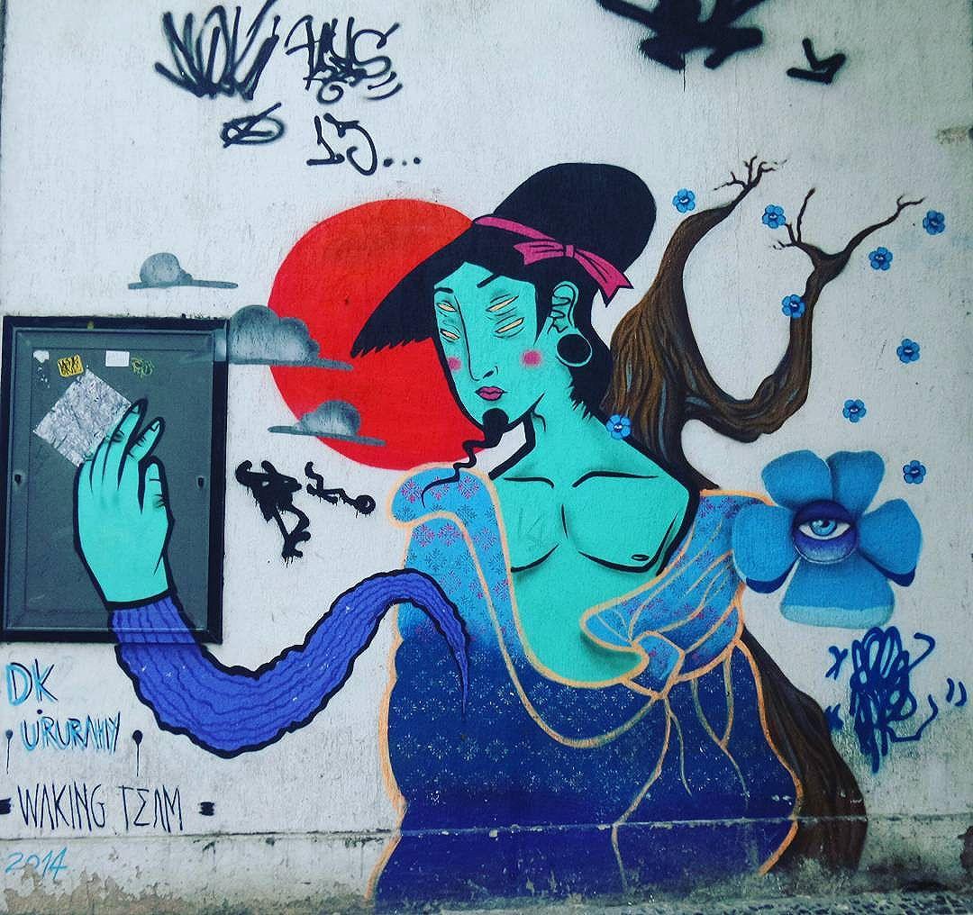 Artista :  @ururah  @jaderdk #wakingteam #dk #ururah #streetphotography #streetphotographers #ofantasticomundodografite #streetarteverywhere #streetartglobal #aerosolart #sprayart #spraywall #graffiti_of_our_world #be_one_urbanart #street_art_community #arteurbana #streetartrio #streetartist #artistaurbano #graffiti #graffiticarioca #instagraffiti #urbanart #urbanwalls #graffitiporn