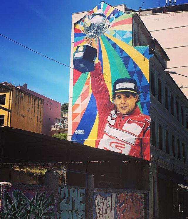 Ayrton Senna - Eduardo Kobra #ayrtonsenna @kobrastreetart #mural #automovilismo #lapa #streetart #streetartrio #urbanart