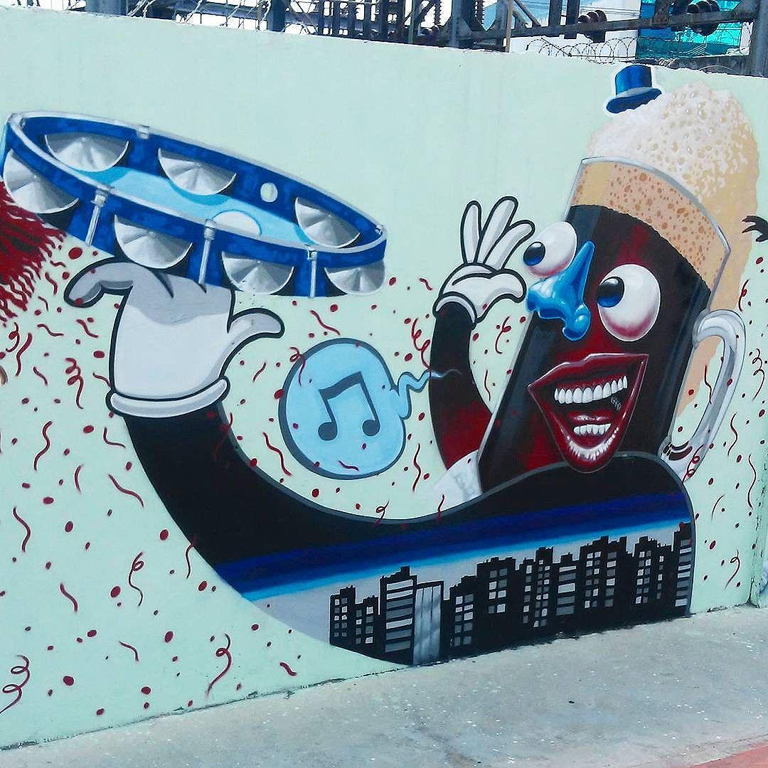 #carnaval #streetart #StreetArtRio #streetartrj #urbanart #urbanwalls #wallart #arturbain #artderue #artecallejero #arteenlascalles #arteurbana #artederua #graffiti #graffitiart #graffitiporn #instagraffiti #grafite #grafiterj #instagrafite #suburbiorj #suburbiocarioca