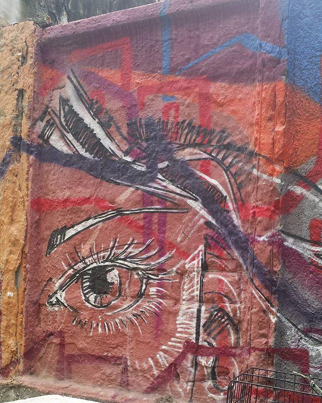 Centro da Cidade - Sunday Carnival  #olharever #pelasruasdoriodejaneiro #art #artepelasruas  #pintura #paint #paintart #graffiti #graffitiart #graffitipaint  #spray #sprayart #sprayartist #graffismo # #grafismo #graffitiart  #graffitipaint #graffitartists #streetartverywhere #streetartlovers #instagrafite  #streetartrio #StreetArtRio #streetartofficial #streetstyle #streetartistry #streephotography #urban #urbanart #urbanstreetart