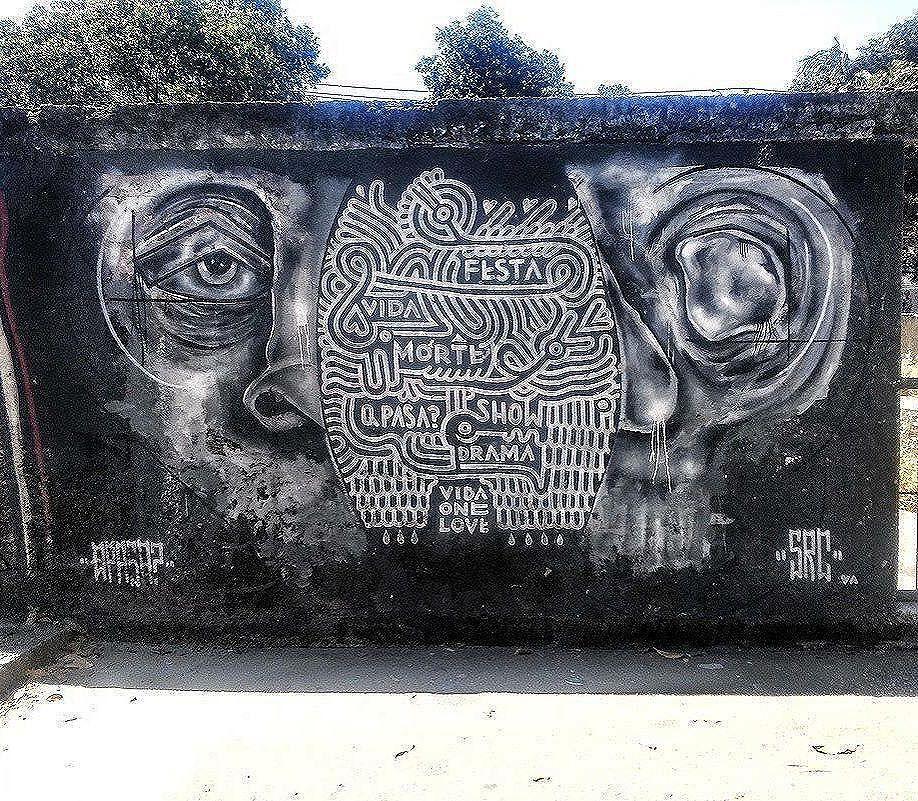 Compartilhado por: @grafiterio via #StreetArtRio | Mais detalhes da obra, local e artista em: streetartrio.com.br #streetstyle #streetart #streetlife #streets #streetworkout #streetartistry #streetphoto #art #artwork #artstagram #artlife #artista #artworks #artlovers #urban #urbanarts #urbanstyle #urbanwalls #urbanwalls #urbanandstreet #graffiti #graffitiart #graffitiporn #graffitiporn #graffitiwall #graffiticulture #riodejaneiro #rio