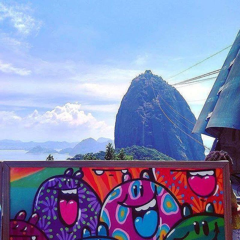 Compartilhado por: @mmv420 #StreetArtRio | Mais detalhes da obra, local e artista em: streetartrio.com.br #streetstyle #streetart #streetlife #streets #streetworkout #streetartistry #streetphoto #art #artwork #artstagram #artlife #artista #artworks #artlovers #urban #urbanarts #urbanstyle #urbanwalls #urbanwalls #urbanandstreet #graffiti #graffitiart #graffitiporn #graffitiporn #graffitiwall #graffiticulture #riodejaneiro #rio