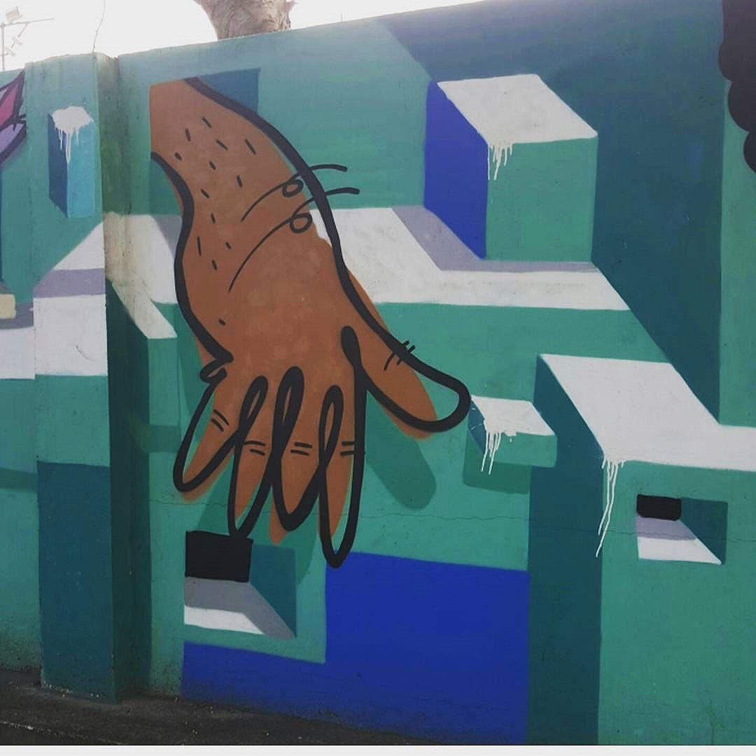 Lagoa Rodrigo de Freitas  #olharever #pelasruasdoriodejaneiro #art #artepelasruas  #pintura #paint #paintart #graffiti #graffitiart #graffitipaint  #spray #sprayart #sprayartist #graffismo # #grafismo #graffitiart  #graffitipaint #graffitartists #streetartverywhere #streetartlovers #instagrafite  #streetartrio #StreetArtRio #streetartofficial #streetstyle #streetartistry #streephotography #urban #urbanart #urbanstreetart