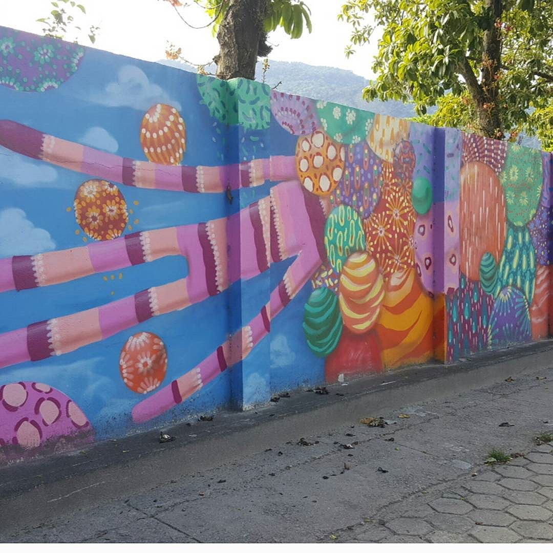Lagoa Rodrigo de Freitas  #olharever #pelasruasdoriodejaneiro #art #artepelasruas #pintura #paint #paintart #graffiti #graffitiart #graffitipaint #spray #sprayart #graffismo #sprayartist #streetartverywhere #streetartlovers #streetartrio #StreetArtRio #streetartofficial #streetstyle #streetartistry #streephotography  #instagralovers #urban #urbanart #urbanstreetart #mural #muralart #instagood #instagramphotography