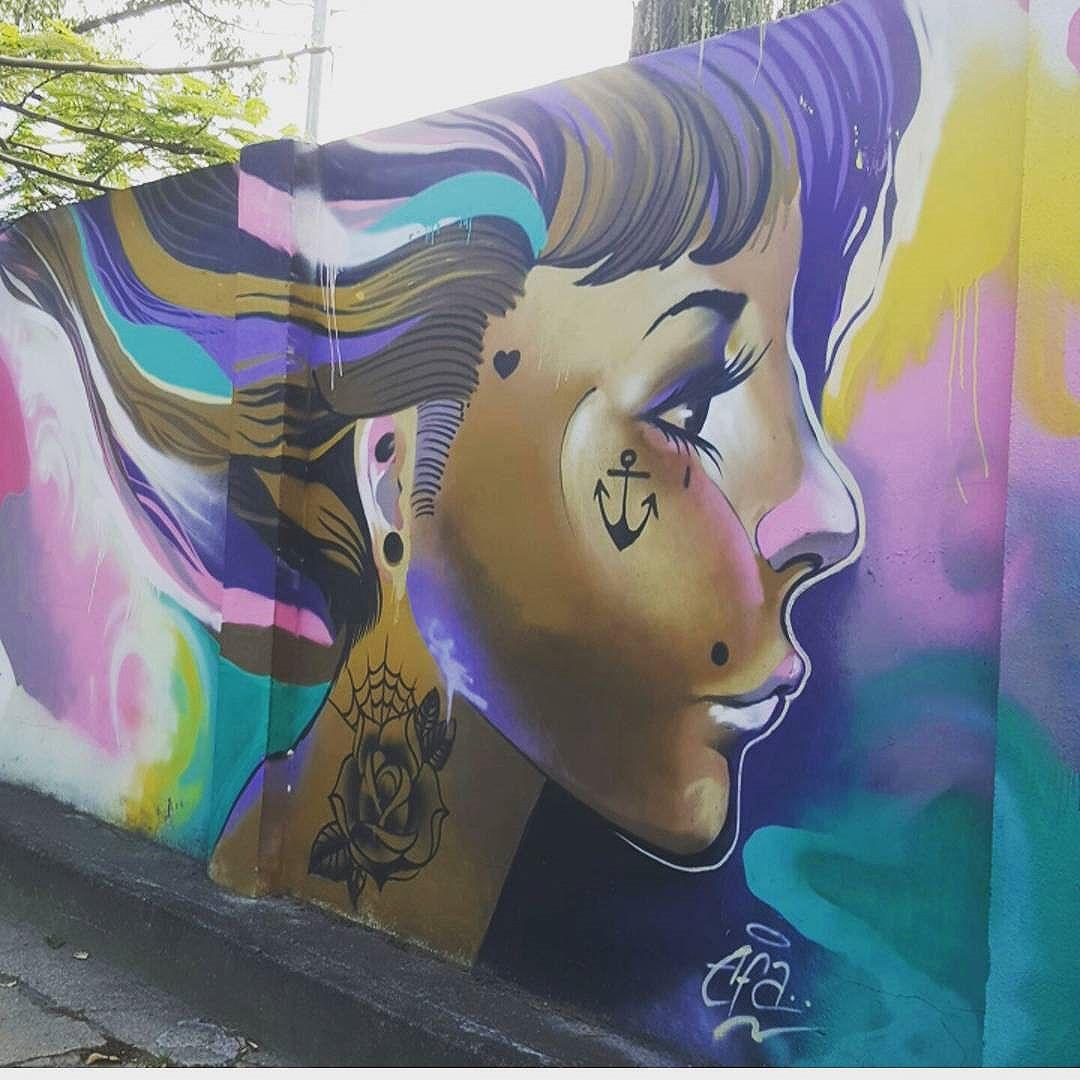 #olharever #pelasruasdoriodejaneiro #art #artepelasruas  #pintura #paint #paintart #graffiti #graffitiart #graffitipaint  #spray #sprayart #sprayartist #graffismo # #grafismo #graffitiart  #graffitipaint #graffitartists #streetartverywhere #streetartlovers #instagrafite  #streetartrio #StreetArtRio #streetartofficial #streetstyle #streetartistry #streephotography #urban #urbanart #urbanstreetart