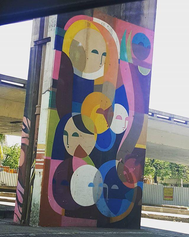 #olharever #pelasruasdoriodejaneiro #art #artepelasruas #pintura #paint #paintart #graffiti #graffitiart #graffitipaint #spray #sprayart #graffismo #sprayartist #streetartverywhere #streetartlovers #streetartrio #StreetArtRio #streetartofficial #streetstyle #streetartistry #streephotography  #instagralovers #urban #urbanart #urbanstreetart #mural #muralart #instagood #instagramphotography
