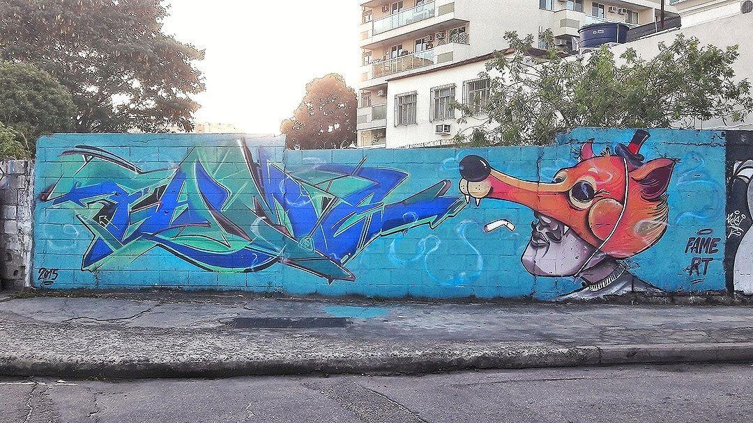 #StreetArtRio [Apagado] Grafite na rua Marquês de Valença, na esquina com a avenidaHeitor Beltrão, na Tijuca. Artistas: Fame (@betofame) e Hans (@raphaeltorres) NRVO Coletivo (@nrvocoletivo) Tirada em 24/08/2016 ____________________________________  Quer conhecer mais obras destes artistas e de tópicos relacionados? Explore mais em: #g021_fame #g021_hans #g021_nrvo #g021_apagado
