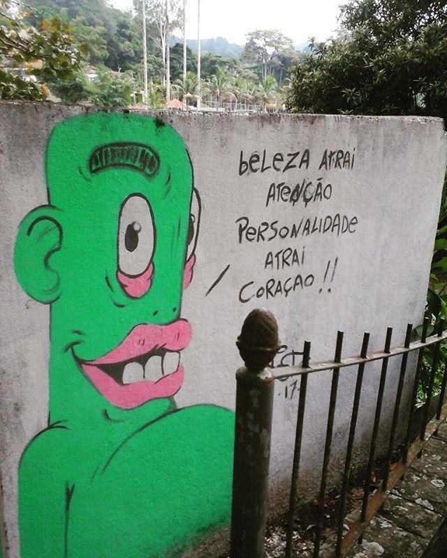 """"""" beleza atrai atenção, personalidade atrai coração! . #partore #graffitipersona #streetartrio #graffitiartbr #urban #arteurba #instagraffiti #miguelpereira"""