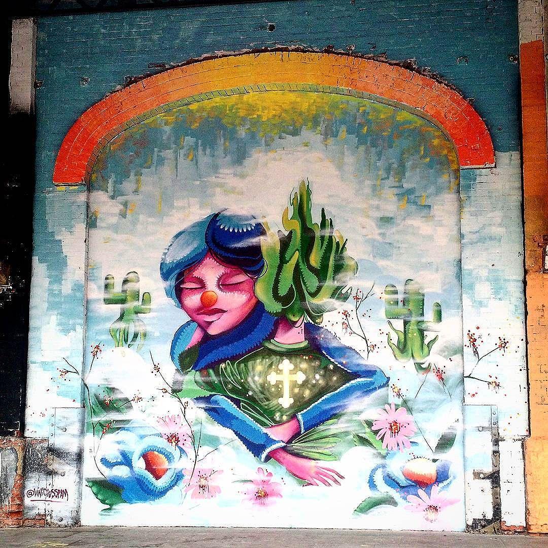 E teve registro de #streetart durante o Carnaval, sim! #grafite #grafitti #arteurbana #errejota #urbanart #artederua #instagrafite #zonaportuaria #boulevardolimpico #RiodeJaneiro #cariocagram #streetarteverywhere #StreetArtRio