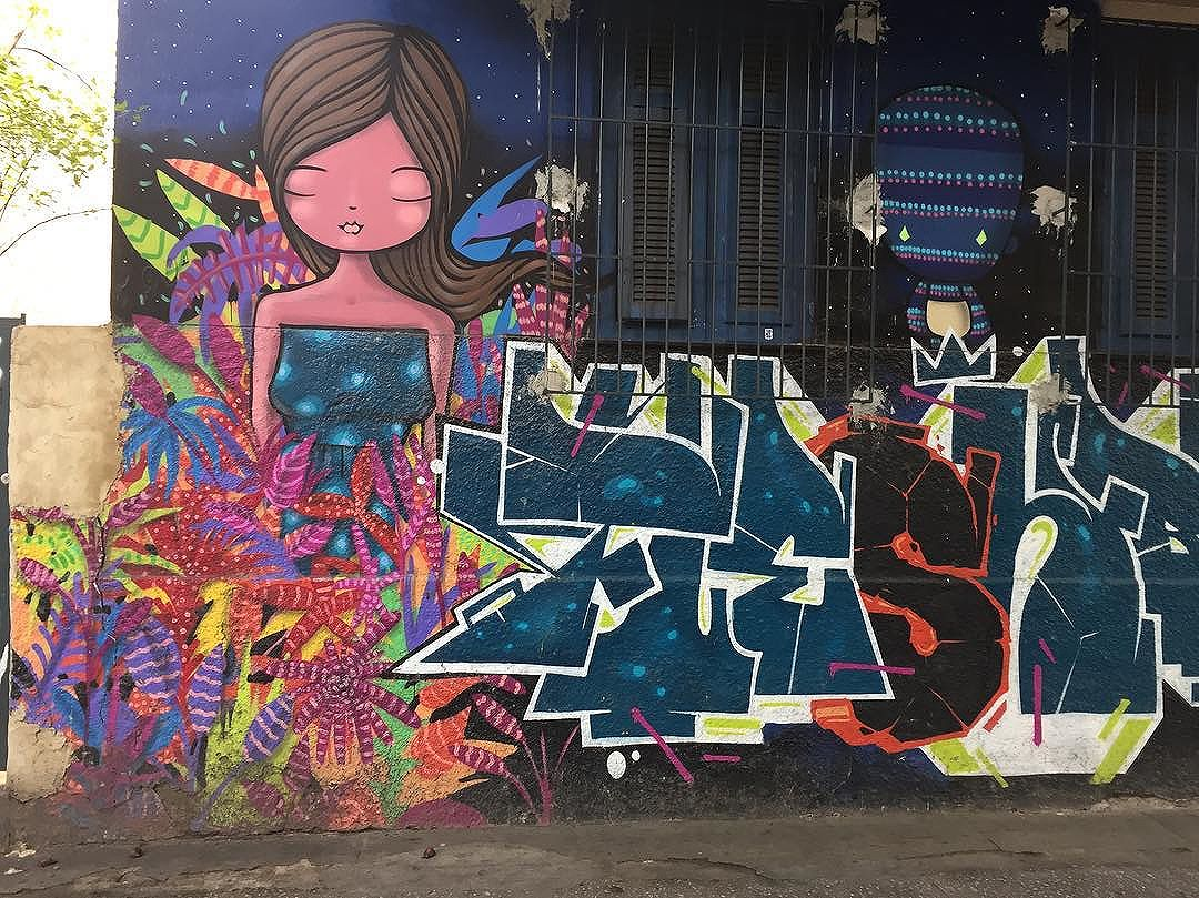 Exploring the back streets of Ipanema #latergram #ipanema #ipanemarj #rio #riodejaneiro #streetart #riostreetart #streetartrio