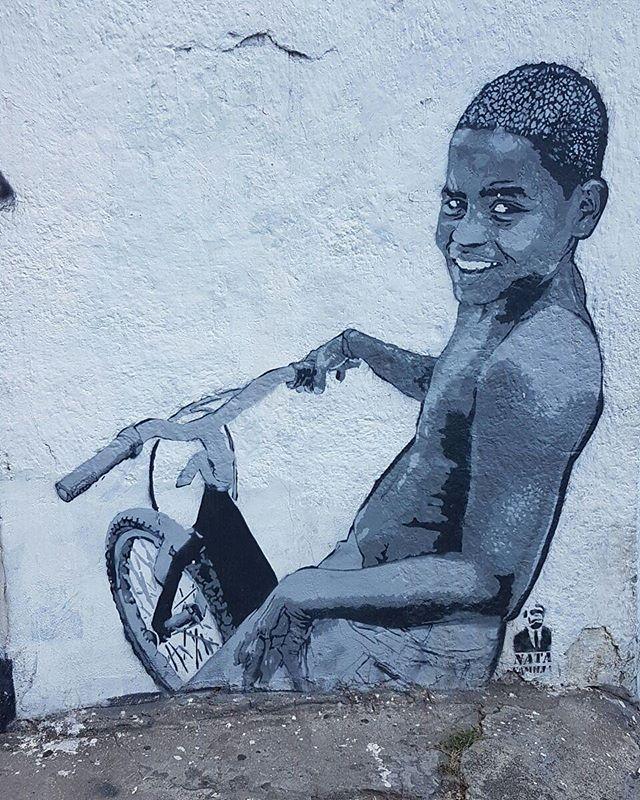 #graffiti #graffitiart #graffitiwall #streetculture #streetphotography #streetstyle #urbanart #spraypaint #graffitirio #StreetArtRio #muros #artederua #streetart #arteurbana #welovestreetart #mural #streetartfiles #graffart #graffittigers #spraypaint #graff #wallart #olheosmuros #loves_street_art  #streetartofficial #streetarteverywhere #streetartistry #stickerart #urbanwalls #instagraffiti #spraycanart