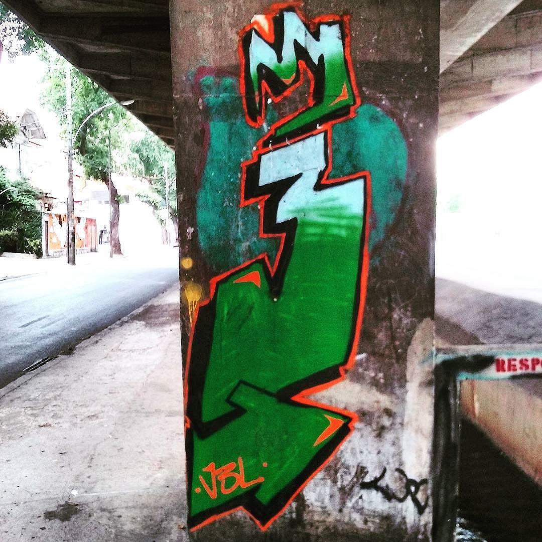 Grafismos do bairro Avenida Paulo de Frontin  Rio Comprido  #StreetArtRio  #grafittinoriodejaneiro