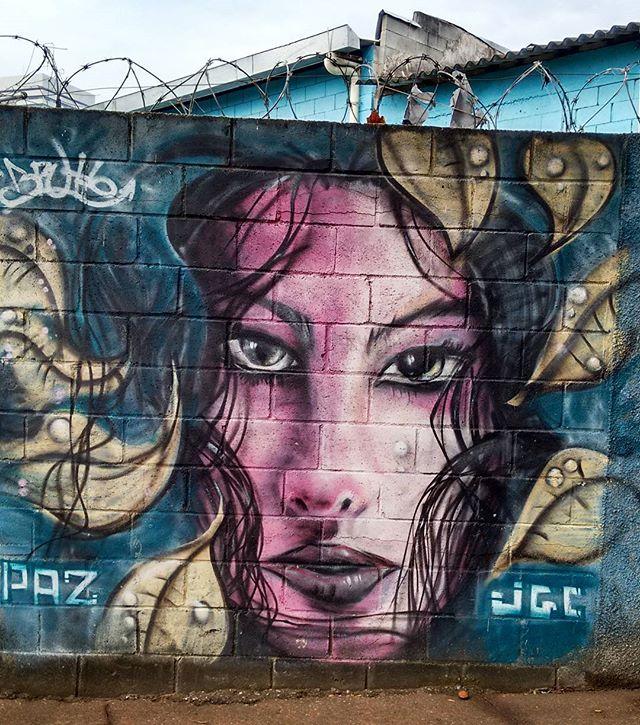 #grafite #graffiti #arteurbana #artederua #be_one_urbanart #dispatch_graffiti #dsb_graff #elgraffiti #graffiti_of_our_world #graffiti_clicks #graffiti_daily #grafitearte #grafiterio #graffitiart #instagraffiti #instagrafite #ig_graffiti #murals #nexus_streetart #streetart #streetartrio #streetarteverywhere #streetart_official #streetart_daily #tv_streetart_ #urbanart #riodejaneiro #paz #peace