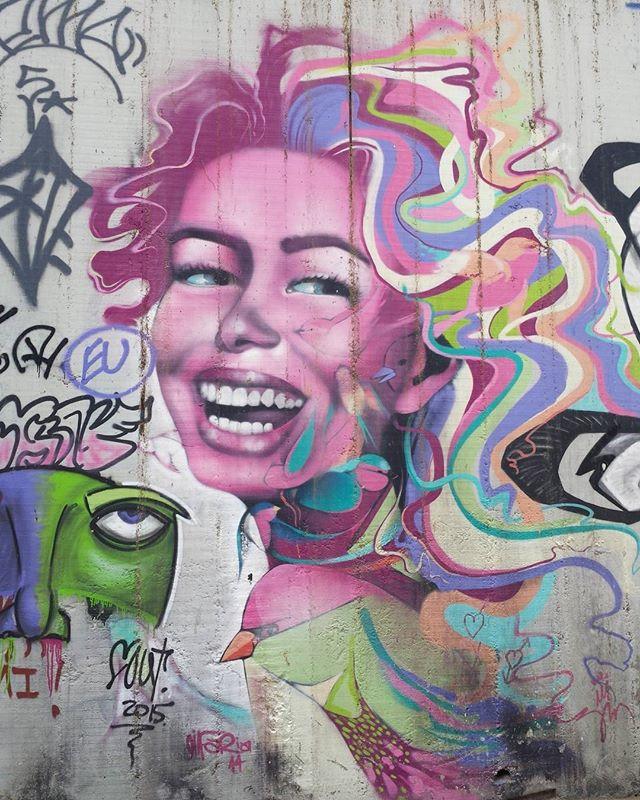 Lapa  #olharever #pelasruasdoriodejaneiro  #errejota #art #artepelasruas #pintura #paint #paintart #graffiti #graffitiart #graffitipaint  #spray #sprayart #sprayartist #streetartverywhere #streetartlovers #instagrafite  #streetartrio #StreetArtRio #streetartofficial #streetstyle #streetartistry #streephotography #urban #urbanart #urbanstreetart #mural #muralart #instagood #ınstagramphotography