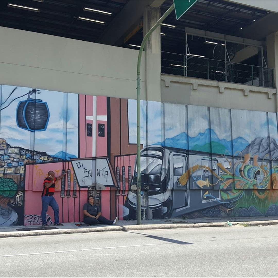 Paredes do Metrô Rio- Linha 2 - ZN #olharever #pelasruasdoriodejaneiro #errejota #art #artepelasruas #pintura #paint #paintart #graffiti #graffitiart #graffitipaint  #spray #sprayart #sprayartist #streetartverywhere #streetartlovers #instagrafite  #streetartrio #StreetArtRio #streetartofficial #streetstyle #streetartistry #streephotography #urban #urbanart #urbanstreetart #mural #muralart #instagood #ınstagramphotography
