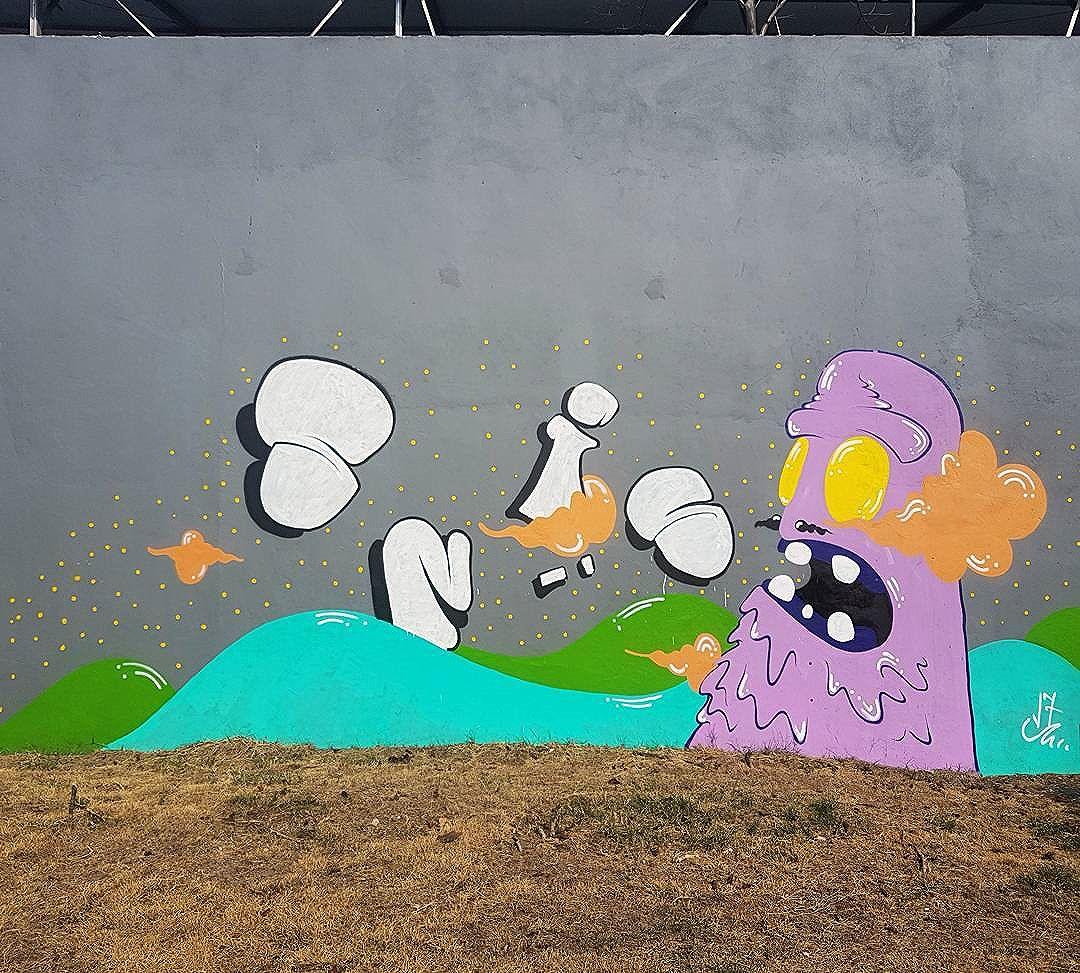 #streetart #streetartrio #streetarteverywhere #streetphotography #urban #urbanart #urbanphotography #graffiti #graffitiart #gallerywall #wallart #photoart #mobilephotography #rj #rio #riodejaneiro #nofilter #lagoarodrigodefreitas