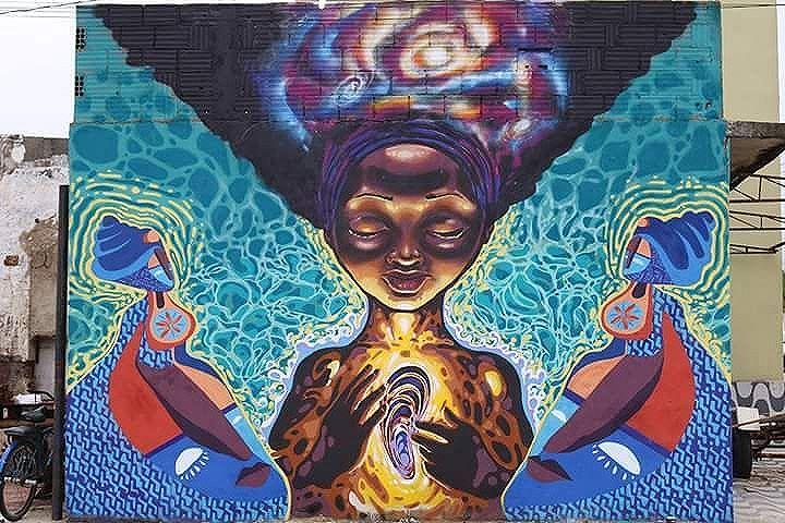 Conexão Uruguai X Sepetiba. Painel coletivo realizado pelos artistas Guillermo do coletivo Uruguaio @contralapared.uy e o artista local @ururah .  #streetartrio #streetart #sepetiba #muralism #mariscarte #arte #marisco #ururah #graffiti #arteurbana #arte