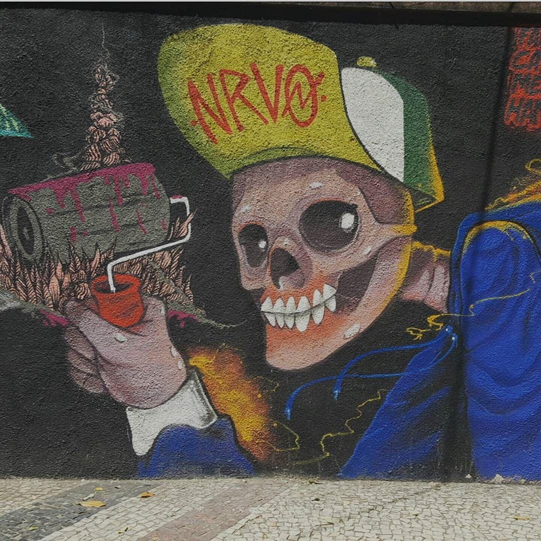 Local : São Francisco Xavier - Tijuca  #olharever #pelasruasdoriodejaneiro #art #artepelasruas #pintura #paint #paintart #graffiti #graffitiart #graffitipaint  #spray #sprayart #sprayartist #streetartverywhere #streetartlovers #instagrafite  #streetartrio #StreetArtRio #streetartofficial #streetstyle #streetartistry #streephotography #urban #urbanart #urbanstreetart #mural #muralart #instagood #instagramphoto
