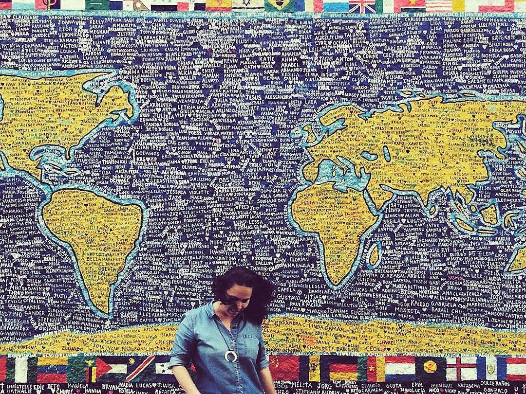 Mundo, mundo, vasto mundo