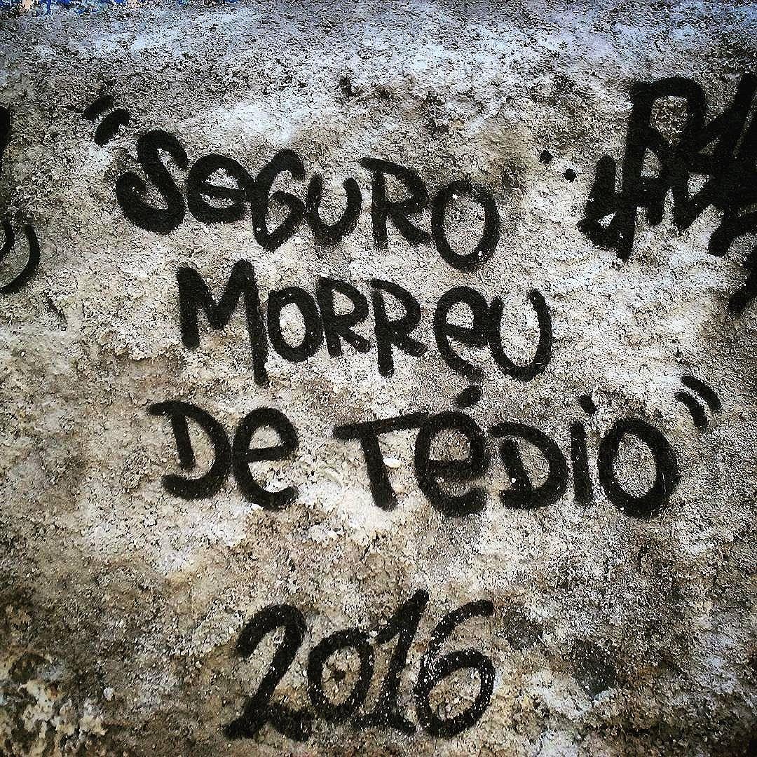 Muro fala Rua João Paulo I  Rio Comprido  #StreetArtRio  #grafittinoriodejaneiro
