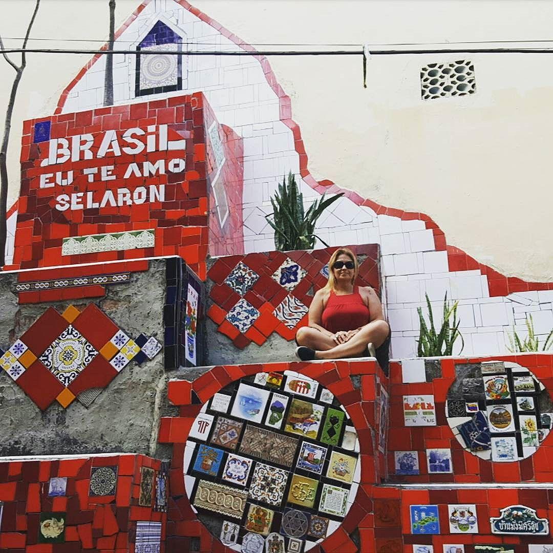 Wall tiles -  Escadaria Selarón é obra do artista chileno Jorge Selarón - Lapa  #olharever #pelasruasdoriodejaneiro #art #artepelasruas #tiles #walltiles #streetartverywhere #streetartlovers #instagrafite  #streetartrio #StreetArtRio # #streetartverywhere #streetartlovers #streetstyle #streetartistry  #streetartverywhere #streetartlovers #streephotography #urban #urbanart #urbanstreetart #mural #muralart #instagood #instagramphoto #riodejaneiro #rioeuteamo #rio #rj #errejota #brasil