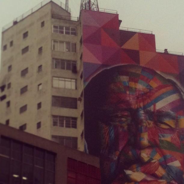 Niemeyer por Kobra.
