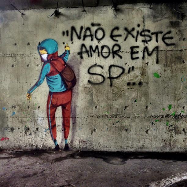 Por uma cidade mais humana, um grito silencioso aqui no Glicério. #paredesquefalam #graffiti #streetartsp #selvadepedra #cenasurbanas #maisamor