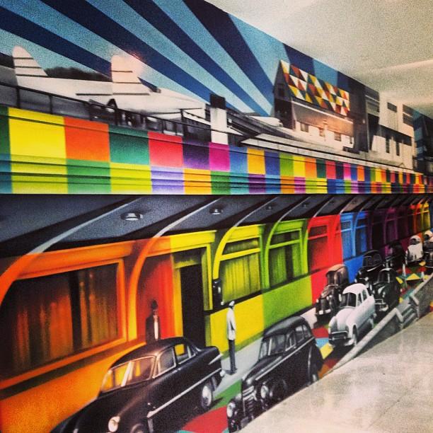 Mural do #studiokobra em #Congonhas ficou LINDO!! #streetartsp #arteurbana #graffiti #instagrafite