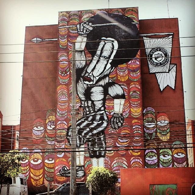 #coolsampa #vimural #ilovesaopaulo #streetart #graffiti #igerssaopaulo #instagrafite #graff #graffiti_magazine #amorpaulista #chiquesnourtemo #wallfilth #wallpainting #wallart #stencil #dr_tagurit #streetartsp #DSB_Graff #sampagraffiti #DopeShotBro #tv_streetart #rsa_graffiti #bomb #tag #urbanart #wallart