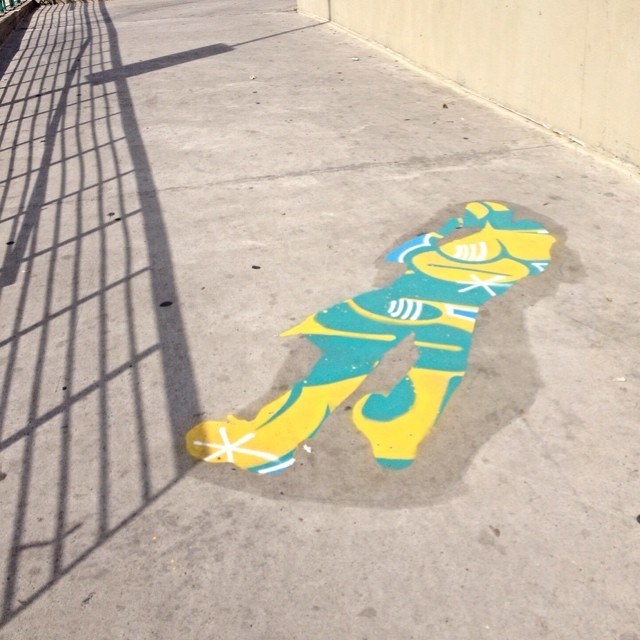 Combata o Cinza @eduardosrur @converse_br #combateaocinza #streetartsp #streetartsaopaulo #streetarbrazil #sampagraffiti #graffitimagazine #dopeshotbro #DSB_Graff #streetartandgraffiti #urbanart #graffiti #grafite #coolsampa #saopaulosao