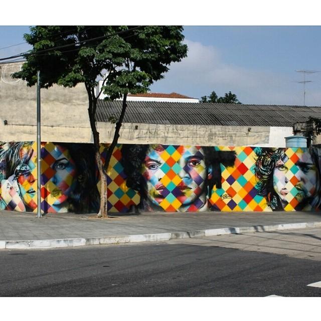 O mural inteiro - arte @kobrastreetart