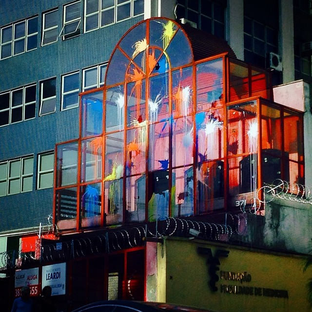 São Paulo/ Brazil #streetart #streetartsp #arteverywhere #maiscor #undergroundart