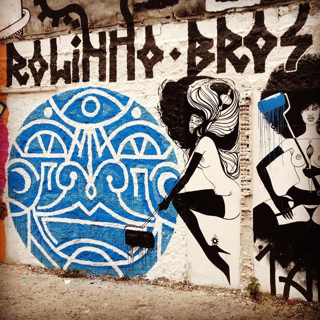 Rolinho Bros. #rolinhobros #rolo #rir #pixotosco #carranca #a7ma #streetart #streetisart #streetartsp #streetartbrasil #graffiti #graffporn #sampastreetart #sampa #sp #ruanews #graff #graffporn #roller #vilamadalena #jacktwo