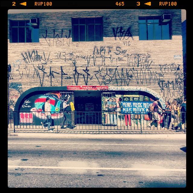 #art #artederua #brazilianart #berlin #colors #city #fineart #graf #grafite #graffiti #graffitiart #graffitiartist #graffitigram #instagraffiti #ilustration #murosp #mural #nyc #picture #streetartsp #sp #tokyo