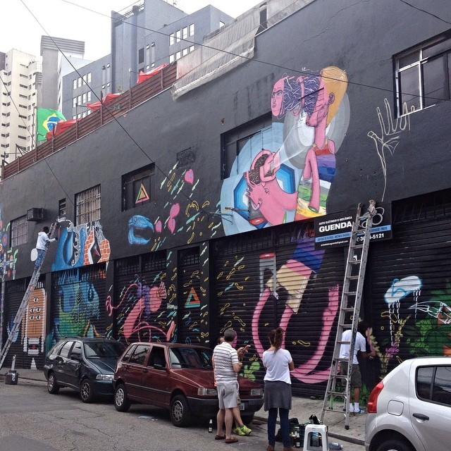 Vila Madalena - São Paulo #streetartsp #streetartsaopaulo #streetarbrazil #sampagraffiti #dopeshotbro #DSB_Graff #streetartandgraffiti #urbanart #graffiti #ArtDeLaRue #coolsampa #rsa_graffiti #streetart #grafite #streetartshots #streetartuncovered #instagraff #i_support_street_art #isuportstreetart #streetartofficial #sprayart #tv_streetart #saopaulosao #igerssaopaulo