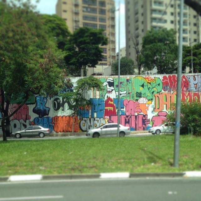 Sampa colorida, linda... ️ #spcomamor #sampafeelings #streetartsp #grafite