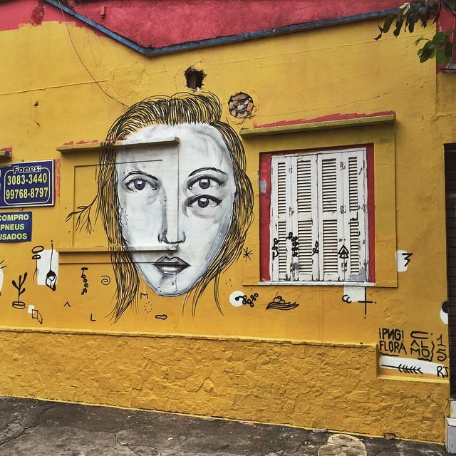 Domingo de chuva  • @umaflora @coletivocalmo • Vila Madalena - RJ #streetartsp #coletivocalmo #saopaulo