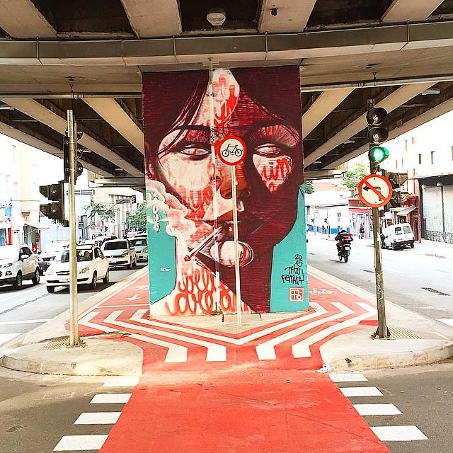 Trabalho de #titoferrara no #minhocão #arteurbana #coolsampa #graffiti #graffitisaopaulo #graffitisp #instagraffiti #instasaopaulo #sampa #saopaulo #saopaulograffiti #sp #splovers #streetart #streetartsp #streetartsaopaulo #urbanart ...15/05/15