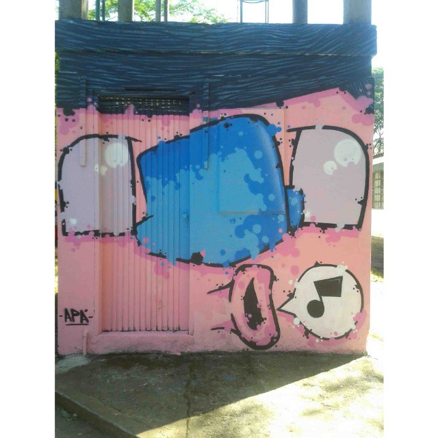 O Cantor São Paulo - SP - 2014 #graffiti #graff #graffart #instagrafite #sampa #sampagraffiti #graffitartist #artist #arte #art #cores #colors #comic #cartoon #spcolors #spcity #sampacity #apa #apaone #streetartsp #streetart #urbanart #urbanstyle #style #urbanartist #sp #personagem #spray #spraycans #cans